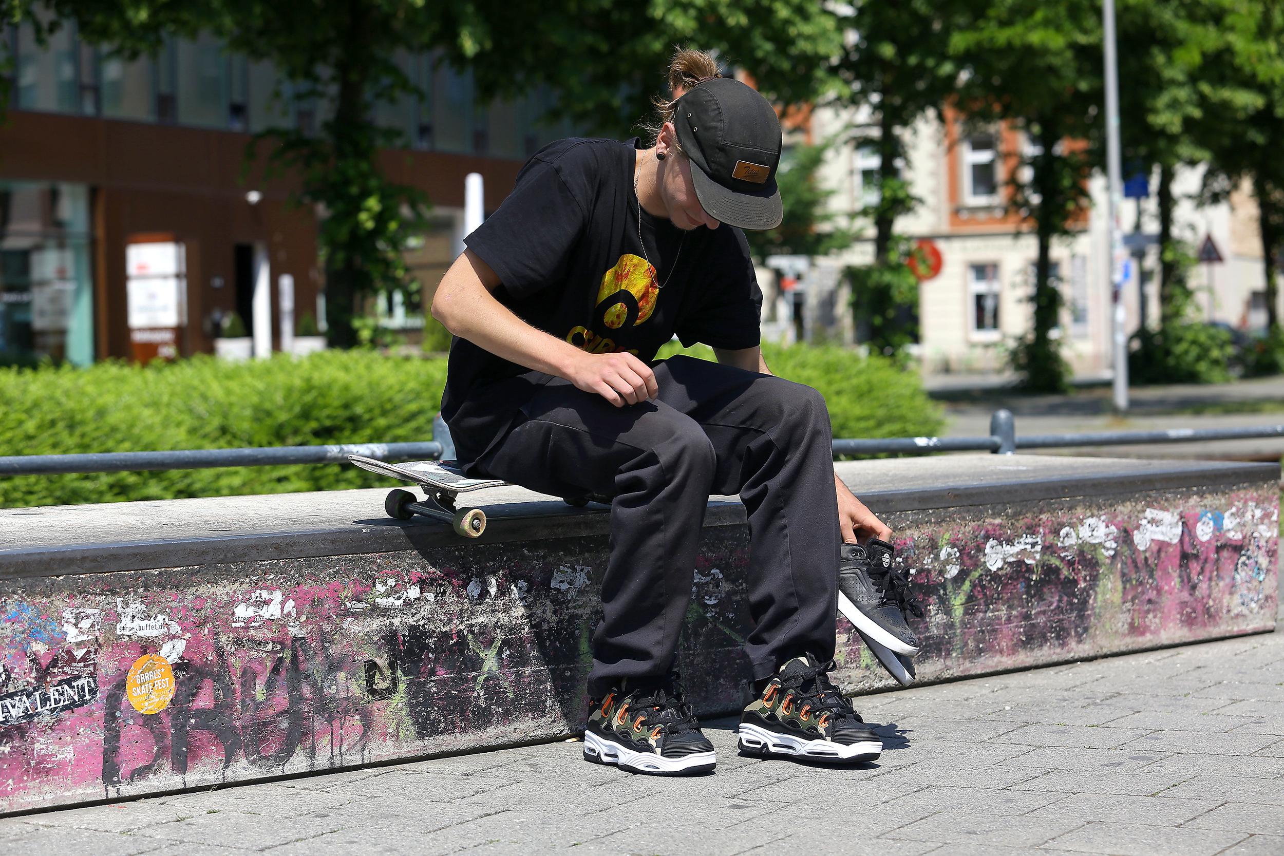 Osiris D3 2001 Black Camo Mens Skate Trainers