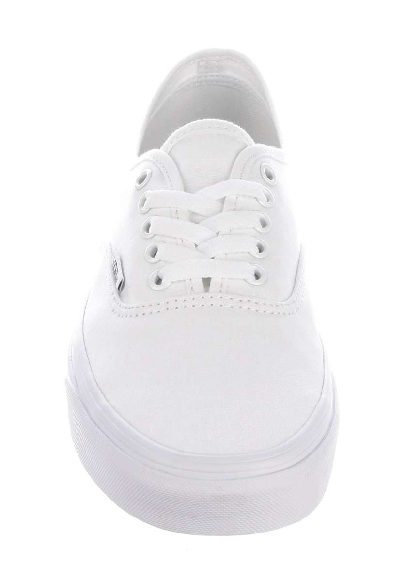 Titus_Aachen_Vans_Authentic_2.jpg